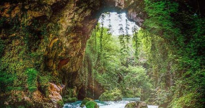 Κατέρρευσε το Θεογέφυρο, ένα σπάνιο μνημείο της φύσης στην Ήπειρο