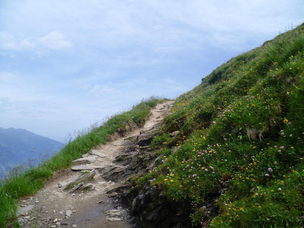 Καθορισμός τεχνικών προδιαγραφών για ορειβατικά – πεζοπορικά μονοπάτια