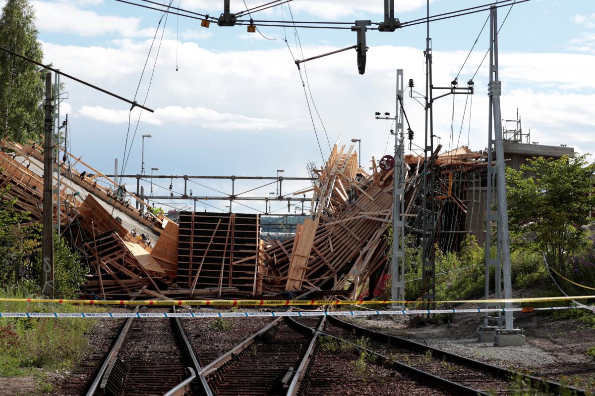 Κατάρρευση γέφυρας στην Σουηδία