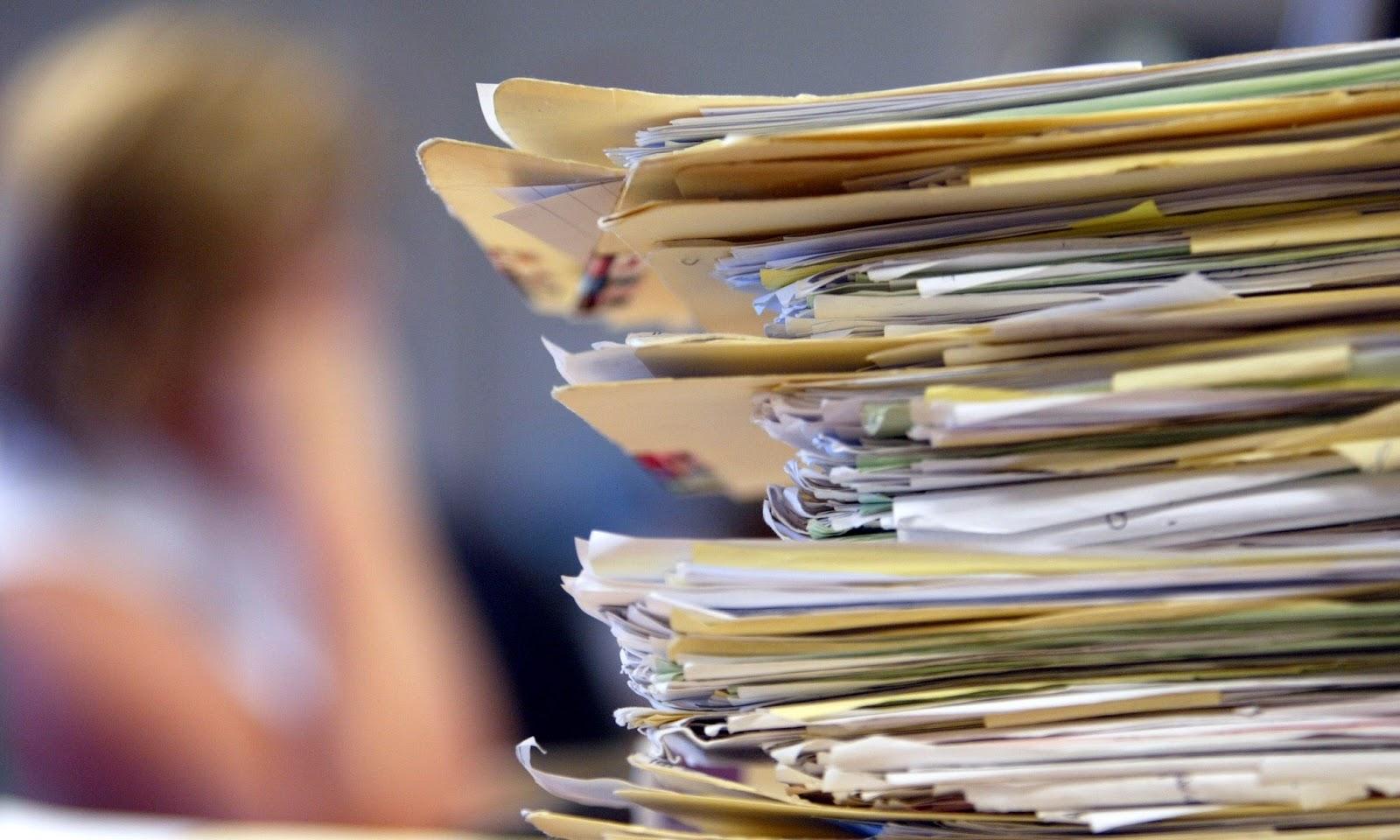 """Δημόσιο: Μπαίνει τέλος στη """"χαρτούρα"""" – Ηλεκτρονικά τα έγγραφα αλλιώς είναι άκυρα"""