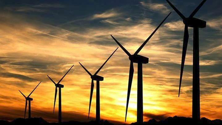 Οι ΑΠΕ θα γίνουν τόσο φθηνές που οι αντιπεριβαλλοντικές πολιτικές δεν θα έχουν σημασία