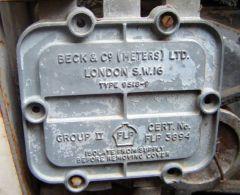 pumpe 002 Αντλία καυσίμων +- 1950(Ο Εγγλέζος 6 και ο Έλληνας 2)
